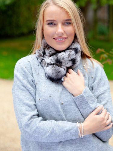 grey fur collar