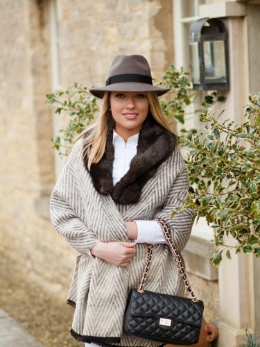 Wrap with Fur Collar & Hat