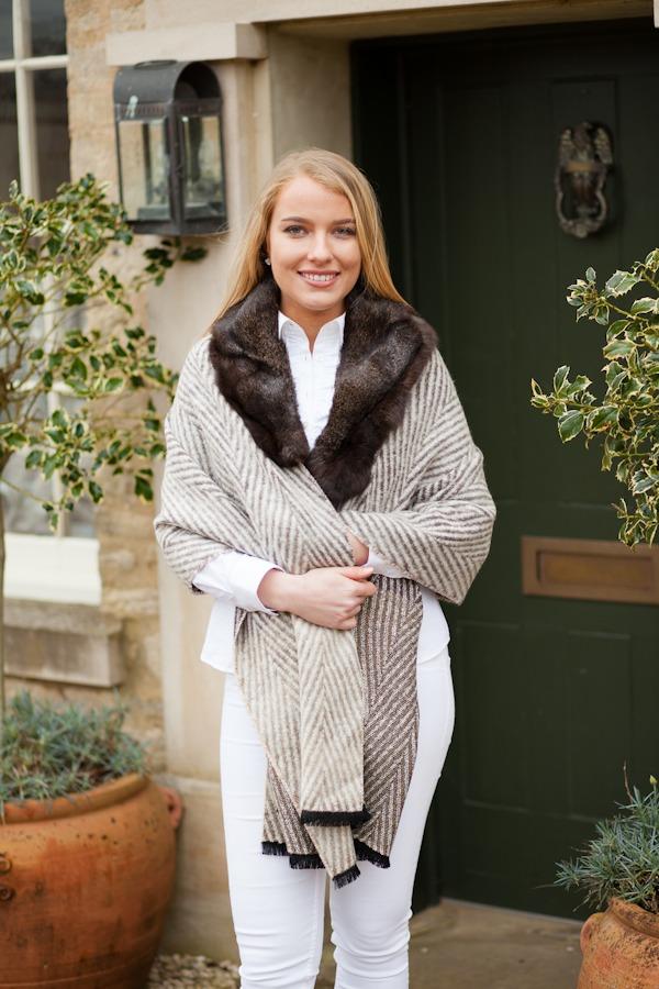 Wrap with Fur Collar
