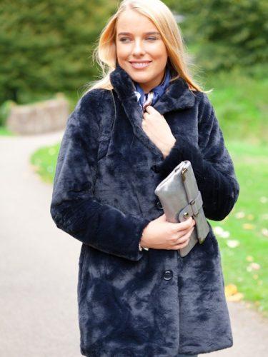 Lily Blue Fur