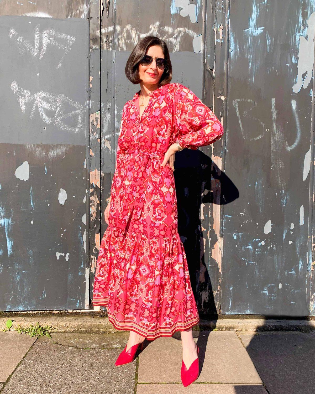 Pink Fluid Dress Black Wall (1)